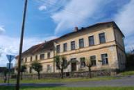 Budova bývalé školy.
