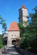 Písecká brána s věží zvanou Hláska.