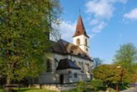 Kostel svaté Markéty od západu.