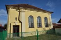 Kostel CČSH, bývalá synagoga.