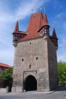 Pohled na Pražskou bránu...