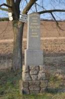 Památník východně od obce.