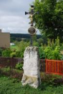 Křížek v severní části obce.