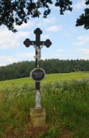 Křížek u silnice...