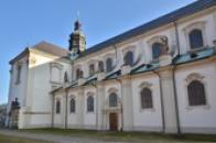 Kostel Nanebevzetí Panny Marie - severovýchodní část.
