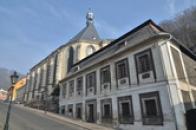 Fara u kostela Nanebevzetí Panny Marie.