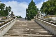 Kaskádové schodiště.