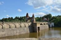 nebo též Tešnovská přehrada.