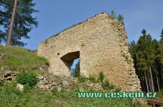 Druhá brána hradu.