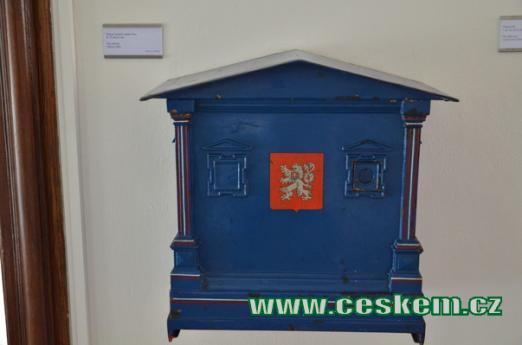 Poštovní schránka Paris.
