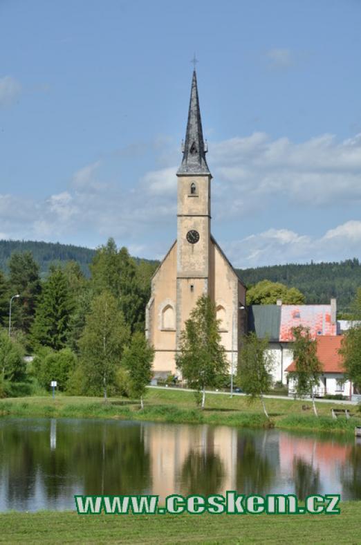 Kostel svatého Filipa a Jakuba.