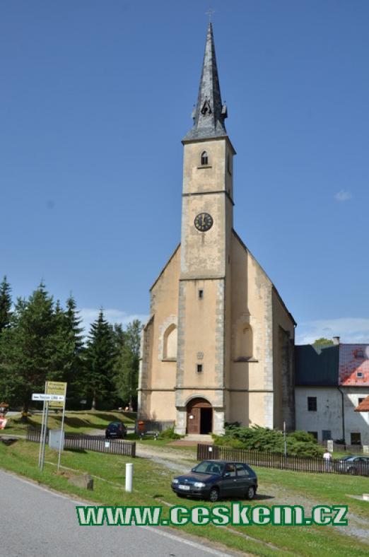 Kostel sv. Filipa a Jakuba.
