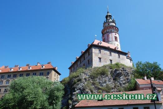 Hrádek pohledem od Vltavy.