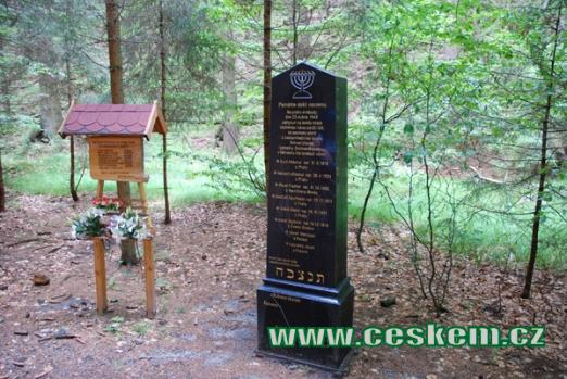 Pamětní místo pochodu smrti z 28. března 1945.