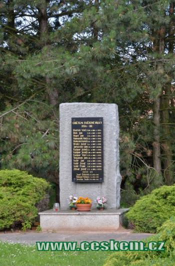 Památník obětem války.