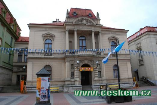 Kulturní dům na Husově ulici.