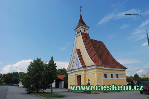 Pohled na kostel sv. Václava.