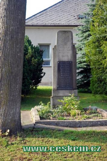 Památník padlých...