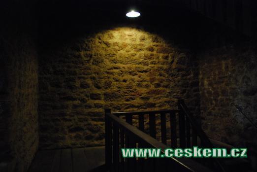 Zdi hradní věže.