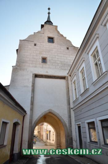 Dačická brána od severu.