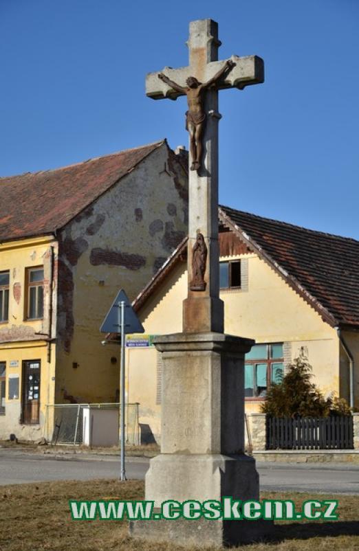 Kříž v ulici Jana Žižky.
