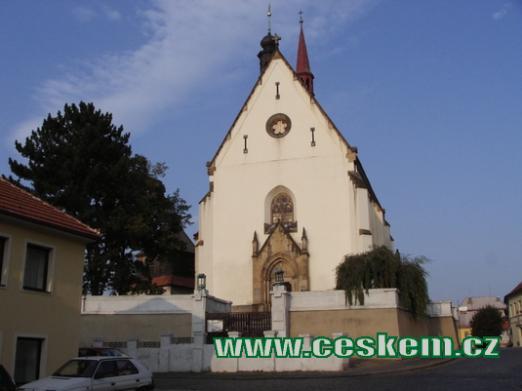 Pohled na kostel svatého Jiří.