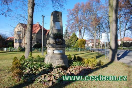 Památník v centru Žiliny.