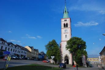 Kašperské Hory na Klatovsku - Věž kostela sv. Markéty.