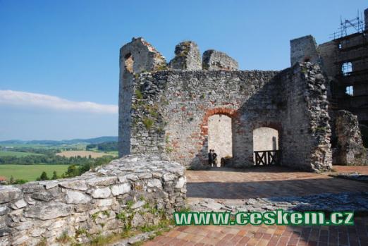 Horní patro hradu...