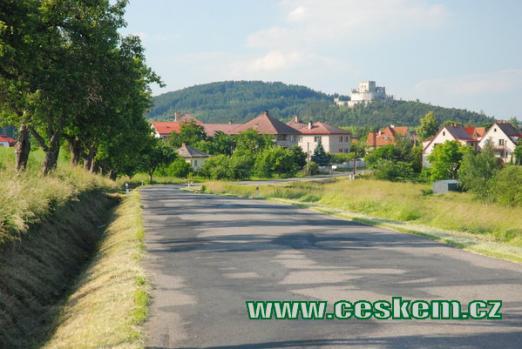 Největší hrad v Čechách je dominantou kraje...