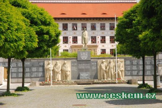 Památník obětí města.