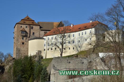 Postaven na začátku 14. století.