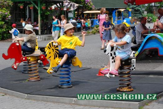 Liberecká ZOO je rájem dětí.