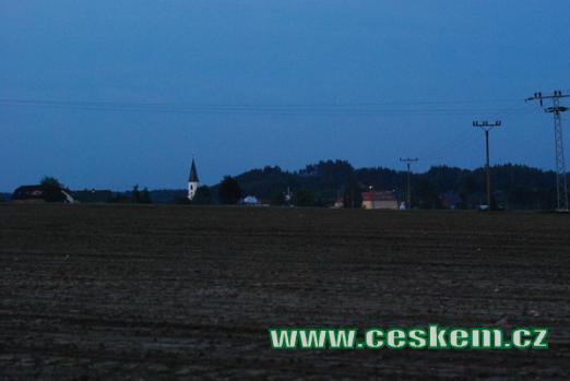Noční pohled od Lázní Kundratic.