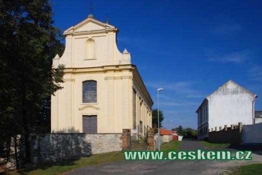 Kostel Nanebevzetí Panny Marie z konce 13. století.