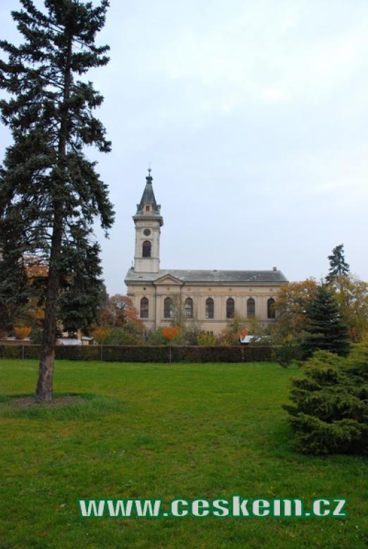 Pohled na evangelický kostel.