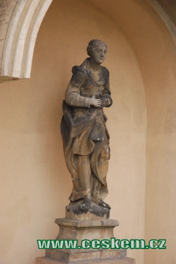 Detail ze souboru alegorických soch ctností.