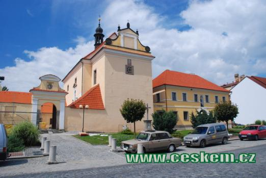 Raně barokní kostel sv. Alžběty.