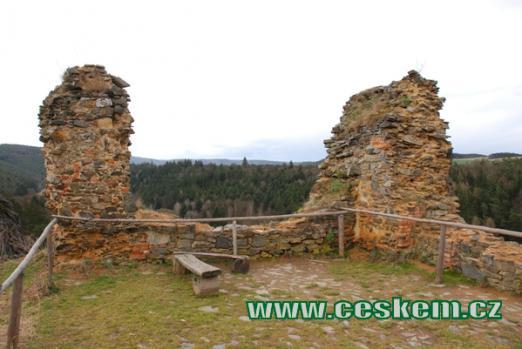 První patro hradu.