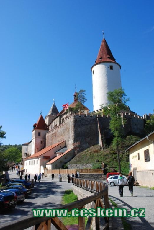 Cesta k hradu.