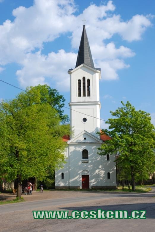 Zdejší kostel sv. Václava.