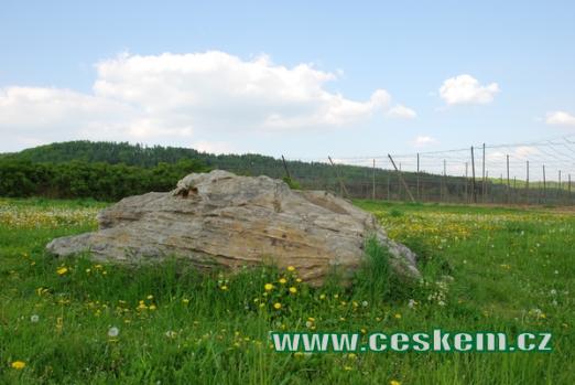 Čertův kámen spojený s řadou pověstí.