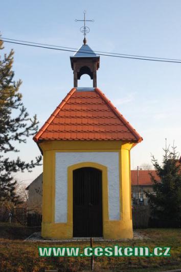 Kaplička v Povlčíně.