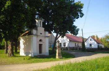 Svinařov na Rakovnicku - Náves.