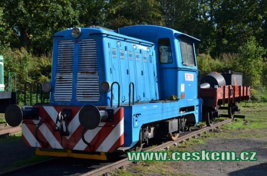 Posunovací lokomotiva řady 701.