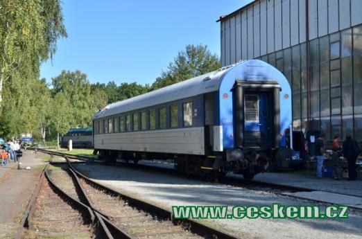 Pohled na historický vagón.