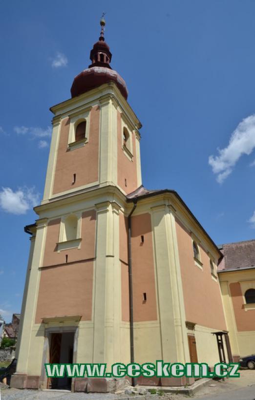 Věž kostela sv. Bartoloměje.