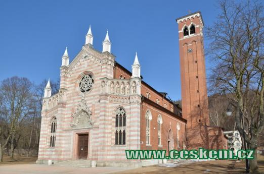 Novogotický kostel.