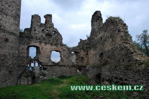 nebo též hrad Kostomlaty.